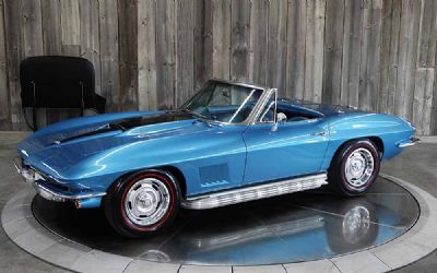 1967 Chevrolet Corvette L71 Tri-Power